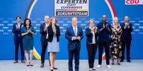 Die 8 Expertinnen & Experten